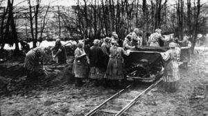 Mujeres-concentracion-Ravensbruck-Bundesarchiv-Bild_TINIMA20150126_0462_5