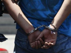 hombre detenido sida