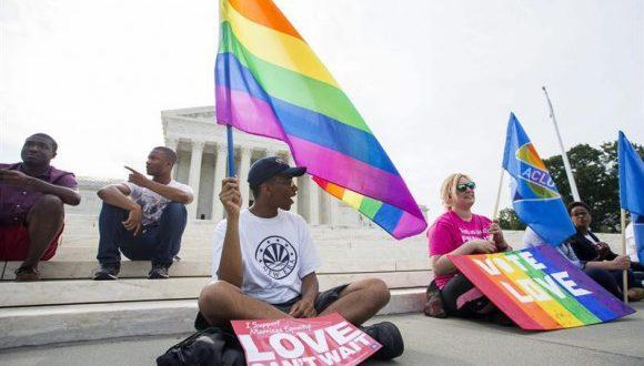 Protesta en Texas por negativa a expedir licencias matrimonios del mismo sexo