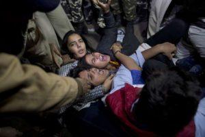 INDIA-VIOLACION-PROTESTAS__SPANDEL108