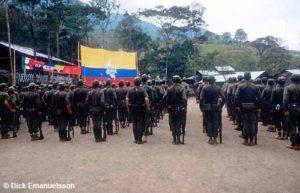 COLOMBIA/FARC_88 Gerillasoldater i FARC:s centrala bas, CASA VERDE, mars 1988. FOTO: DICK EMANUELSSON
