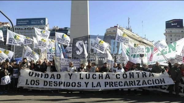 Movilizacion-Ministerio-Trabajo-Maxi-Failla_CLAIMA20160609_0033_28