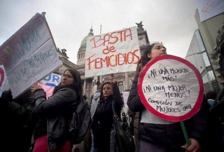 basta_femicidios_1 (1)