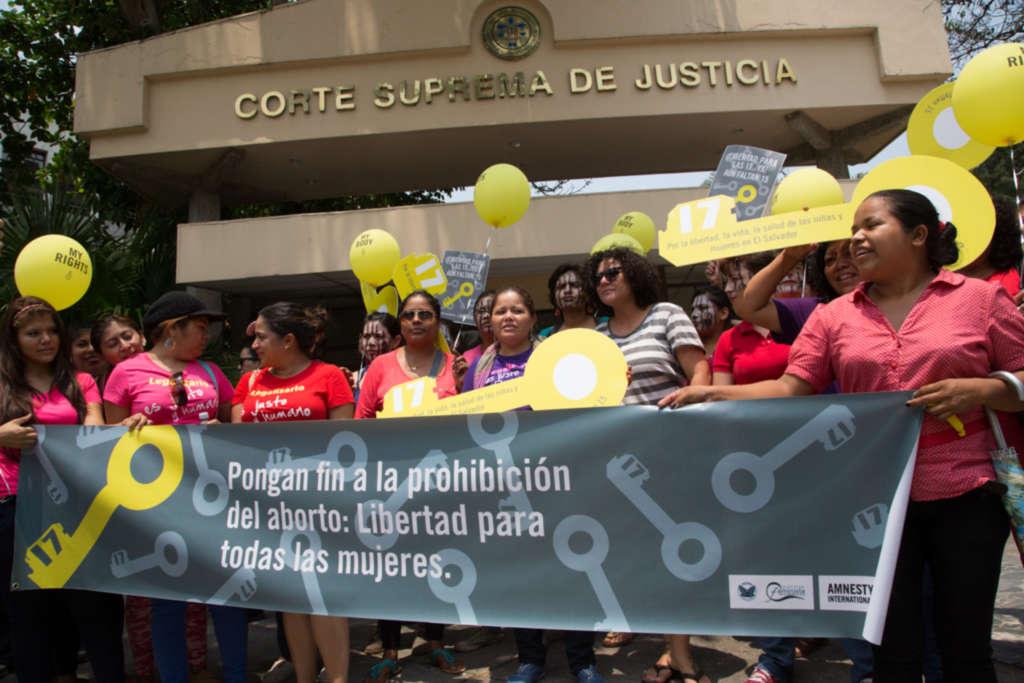 Imagen: Mujeres de El Salvador, Amnistía Internacional.