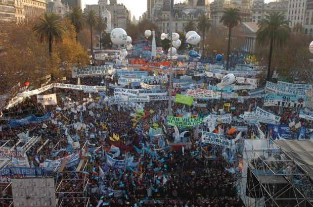 marcha_federal_plaza_de_mayo.jpg_933684654